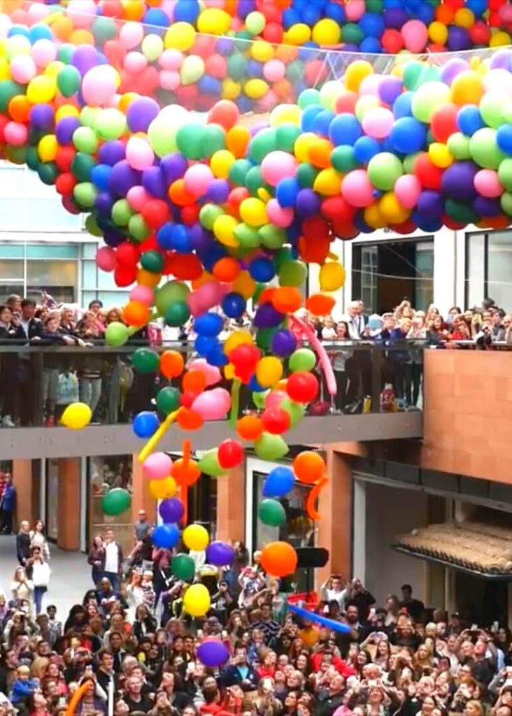 Ballons at Liverpool One